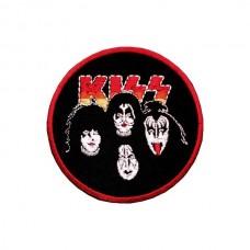 Нашивка вышитая Kiss круглая